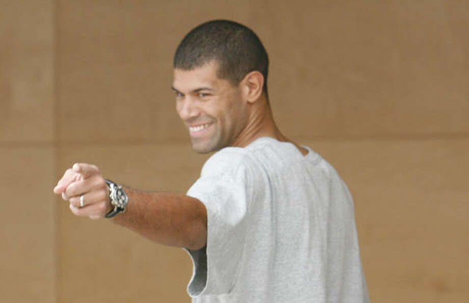 If Shane Battier starts as a power foward for the Rockets he will face Western Conference elites  such as Tim Duncan and Kevin Garnett. Photo: James Nielsen, Houston Chronicle