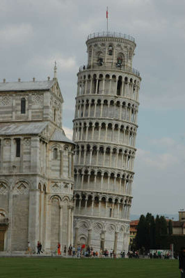Don't let Italy's Leaning Tower of Pisa sway you. France has the Eiffel Tower. Photo: Harry Shattuck, Chronicle