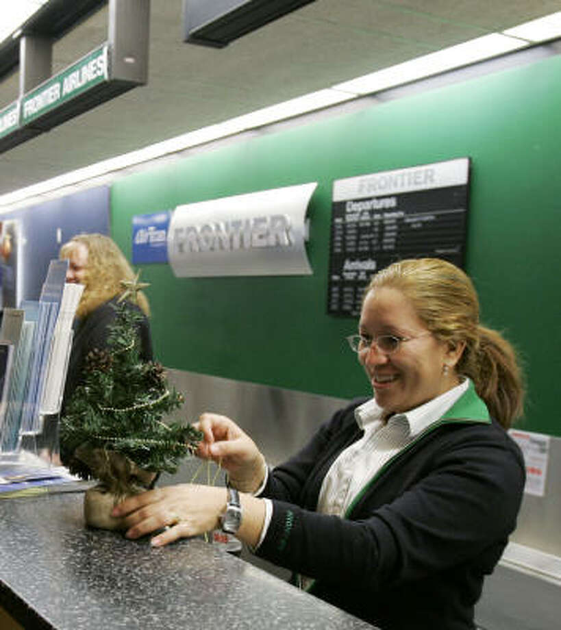 Airline: Frontier AirlinesMishandled bags: 1.65 percent Photo: Ted S. Warren, AP