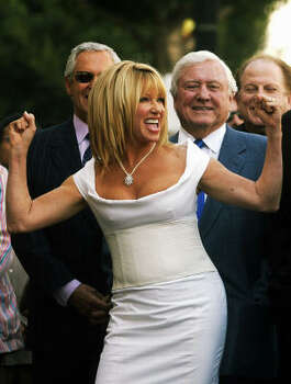 "Suzanne Somers' ""Eat Great, Lose Weight"" diet suggests that you can enjoy the foods you love by ""Somerizing,"" or eating them in certain combinations. Photo: AP"