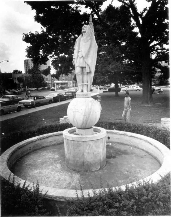 Aug. 19, 1986: The non-functioning fountain in Columbus Park. Mayor Thom Serrani wanted this fountain and a reflecting pool and fountain in Kiwanis Park fixed by Labor Day. Photo: File Photo