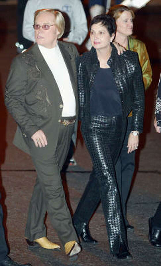 George Jones arrives with his wife Nancy for the Johnny Cash Memorial Tribute Monday, Nov. 10, 2003 at the Ryman Auditorium in Nashville, Tenn. Photo: JOHN RUSSELL, AP