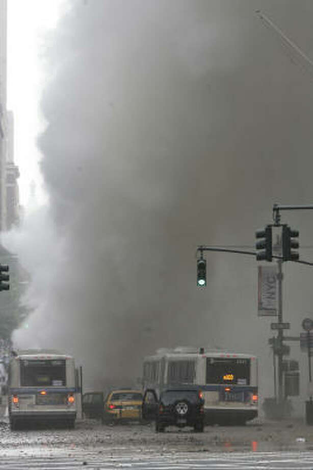Traffic is halted in front of the steam explosion on Lexington Avenue near Grand Central Station. Photo: Mary Altaffer, AP
