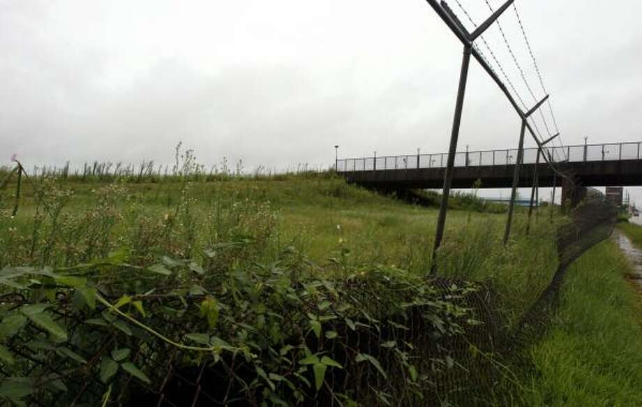 The land that use to be home to AstroWorld theme park now sits vacant. Some in the Houston area would like to see the land maintained. Photo: Johnny Hanson, For The Chronicle