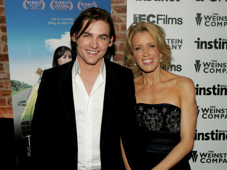 Kevin Zegers and Felicity Huffman Photo: Peter Kramer, Getty Images