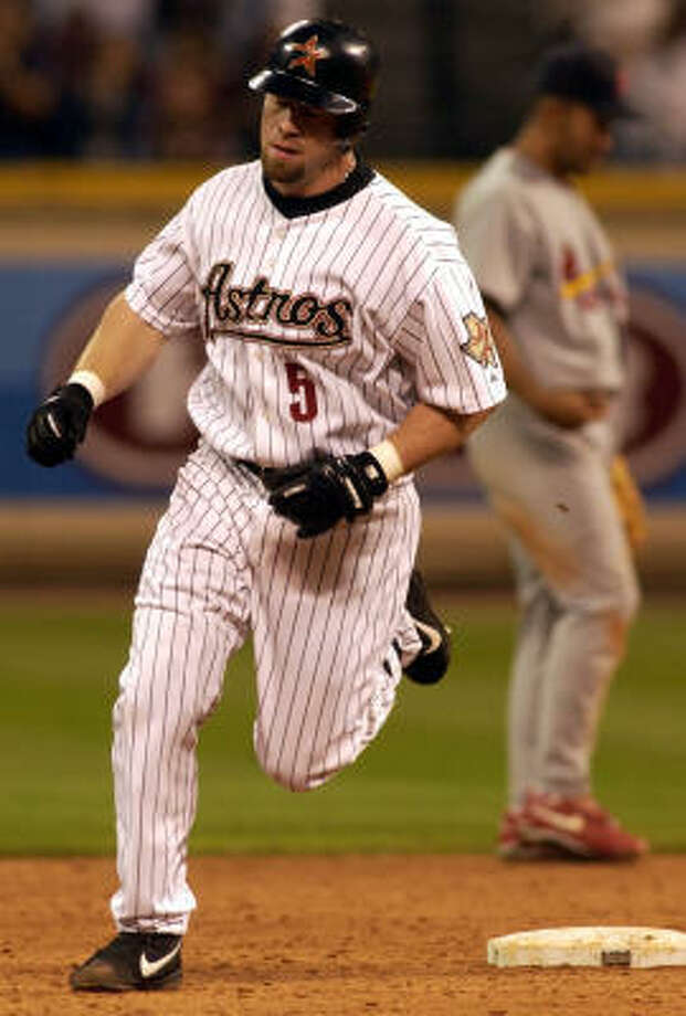 Jeff Bagwell hit 449 home runs during his 15-year career with the Astros. Photo: Christobal Perez, Chronicle