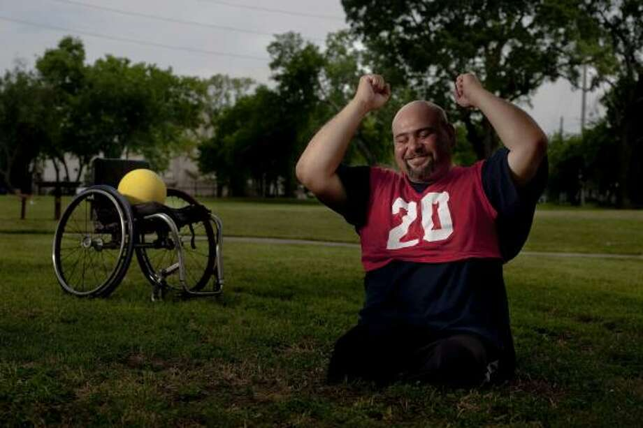 A member of the Houston Toros wheelchair team, Oziel Flores has been playing since 1995. Photo: Johnny Hanson, Chronicle