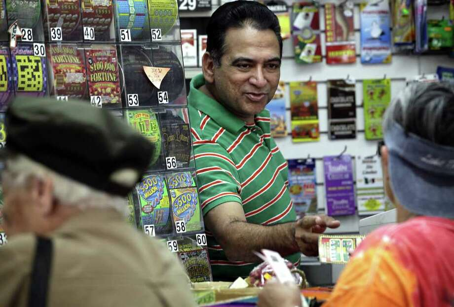 Nick Linga, owner of Nick's Mart on S. New Braunfels Ave. Photo: BOB OWEN, SAN ANTONIO EXPRESS-NEWS / rowen@express-news.net