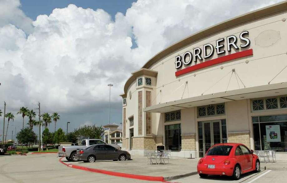 Borders, 19419 Gulf Freeway, shown Wednesday, July 20, 2011, in Webster. The book store is closing.  ( Melissa Phillip / Houston Chronicle ) Photo: Melissa Phillip, Staff / © 2011 Houston Chronicle