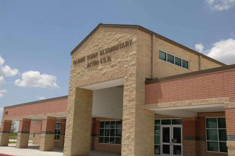 Glenn York Elementary will be opening its doors for the first time to Alvin ISD students. Photo: Jimmy Loyd / freelance