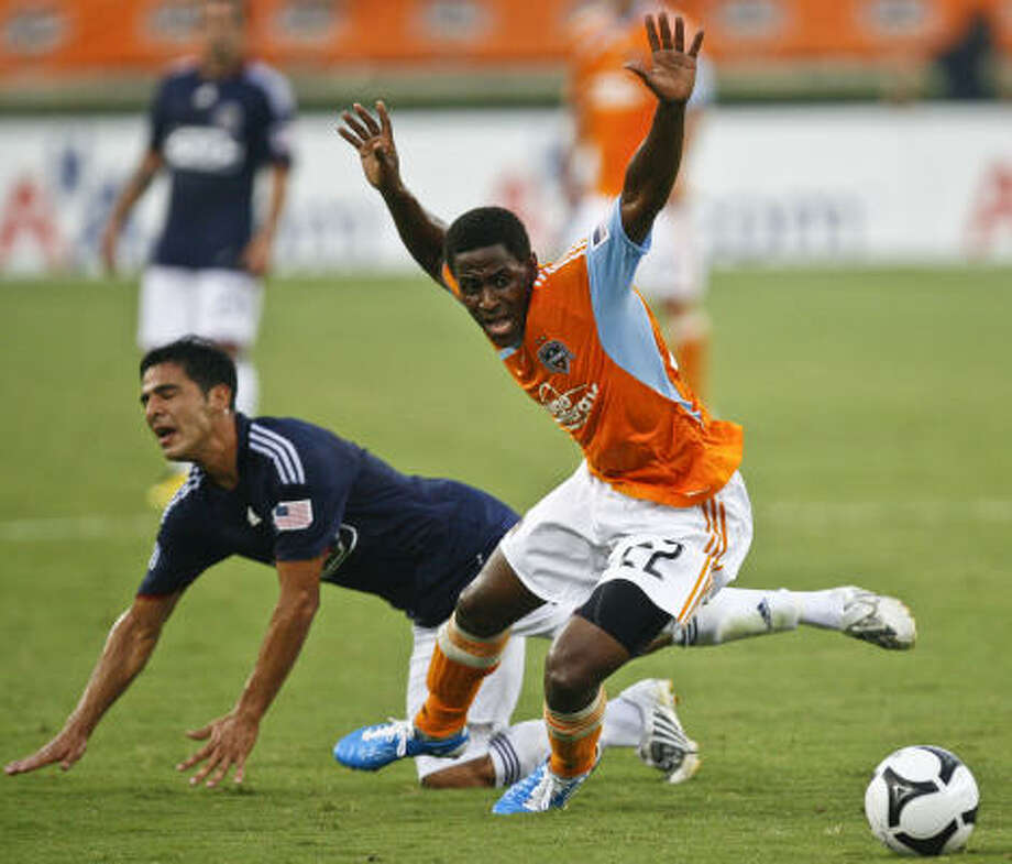 Lovel Palmer started the first 16 games of the season and saw action in 19 of the Dynamo's 20 games. Photo: Michael Paulsen, Chronicle
