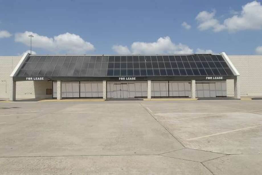 A former Kroger store at the Tomball shopping center. Photo: Tony Bullard, ALL