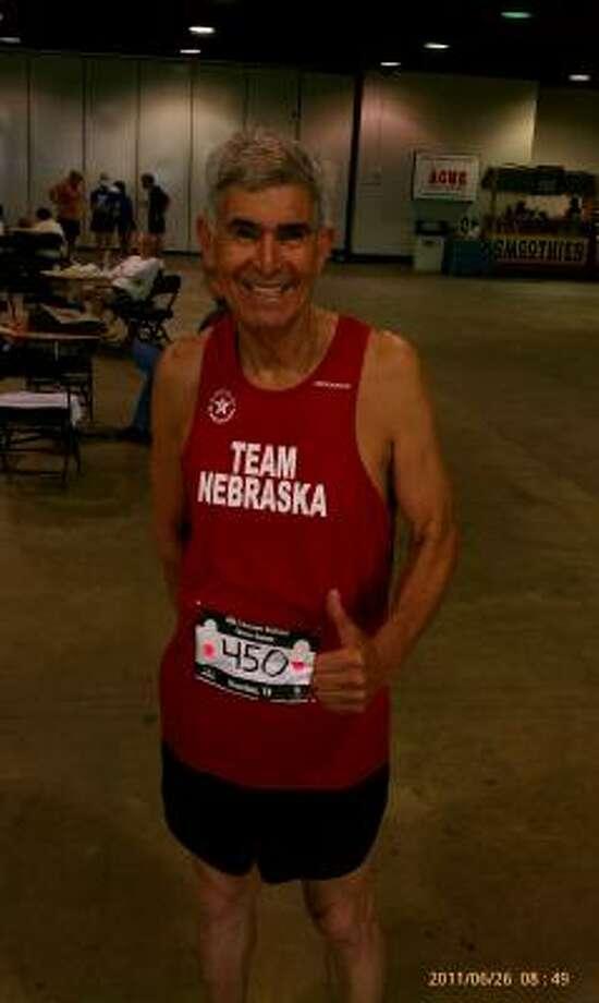 José Badillo, de Santa Rosa, Texas, ganó la carrera de 5 kilómetros y quedó tercero en la de 10K y en 1,500 metros. Photo: Jesus Acevedo, Para La Voz