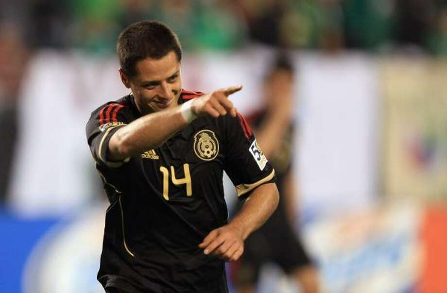 Javier Hernandez and Mexico will take on Honduras in the Gold Cup on Wednesday at Reliant Stadium. Photo: Streeter Lecka, Getty