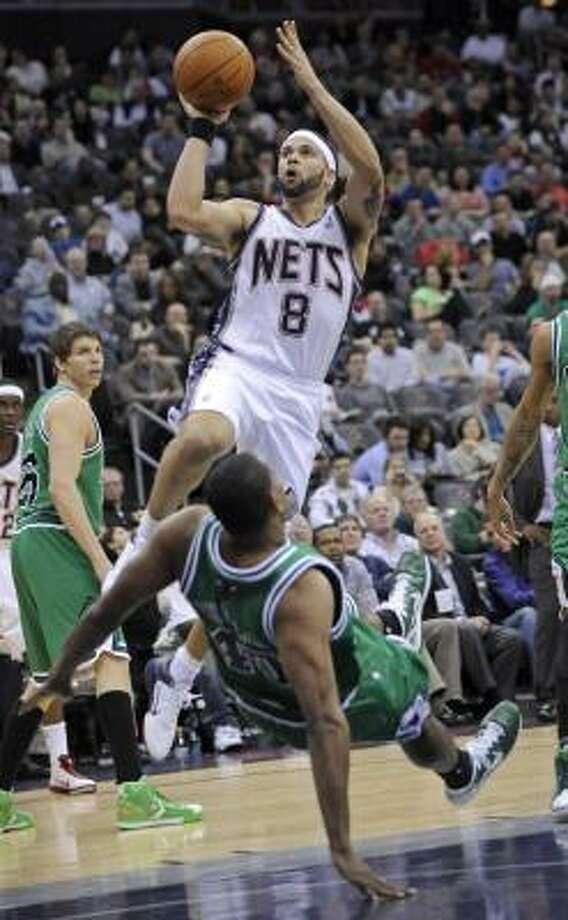 Deron Williams, estrella de los Nets de Nueva Jersey, firmó un contrato para jugar esta temporada en Europa con el Besiktas de Turquía mientras dure el paro de la NBA. Photo: Bill Kostroun, Associated Press