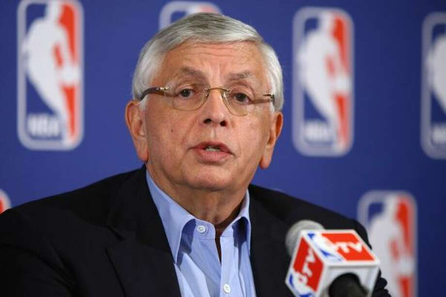 NBA commissioner David Stern claims that 22 of 30 teams lost money last season. Photo: Neilson Barnard, Getty