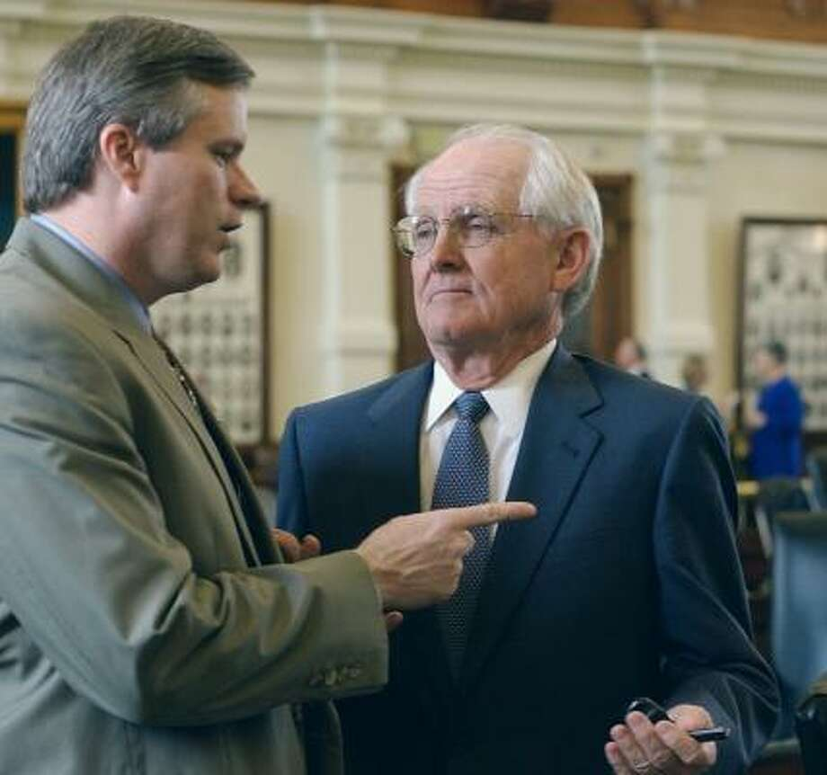 Texas Rep. Harvey Hilderbran, R-Kerrville, (left) put forth a bill pushing for a $5 million Texas Derby series. Photo: HARRY CABLUCK, AP