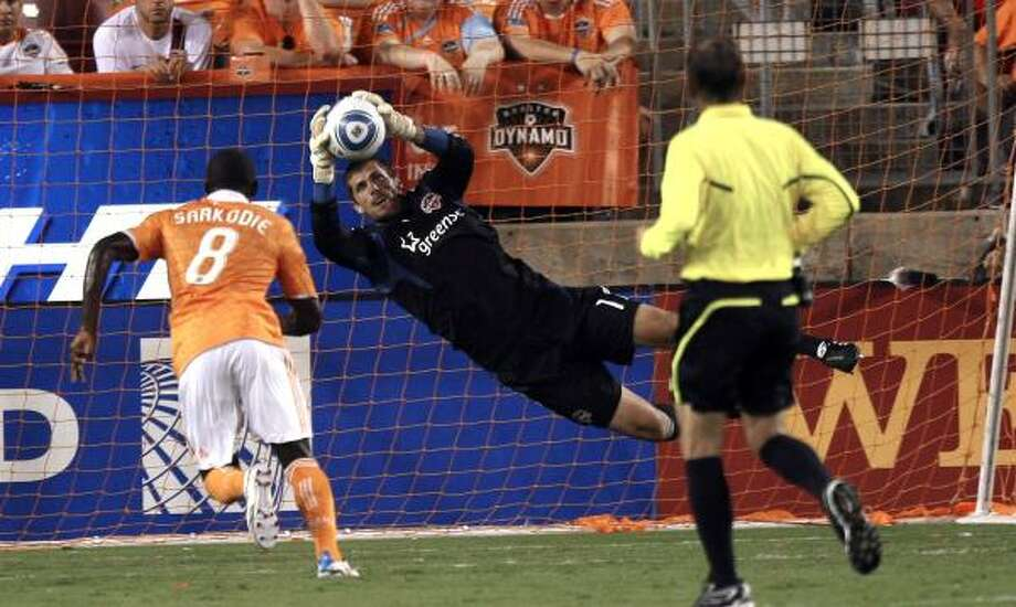 Tally Hall has collected two shutouts during the Dynamo's current four-game unbeaten streak. Photo: Bob Levey, Getty