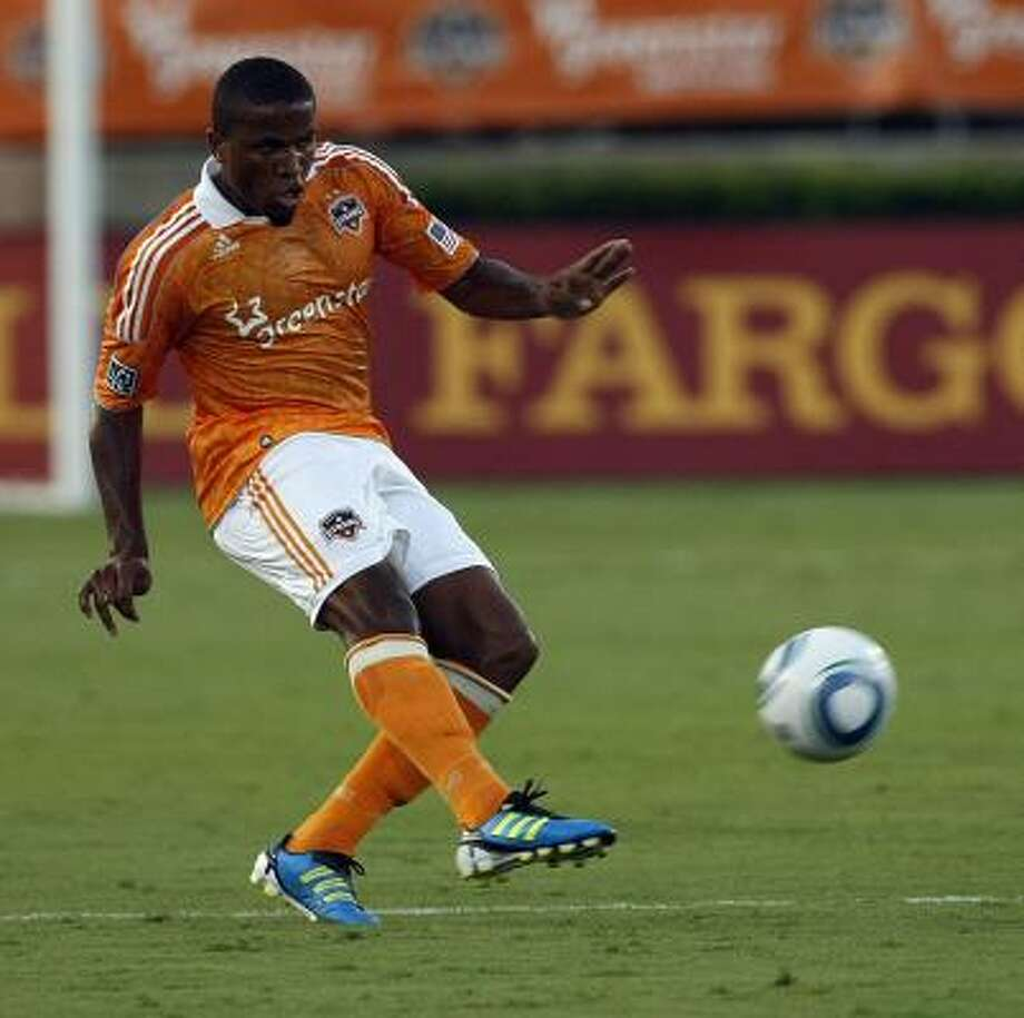 Jermaine Taylor is expected to play tonight against Colorado. Photo: Johnny Hanson, Chronicle