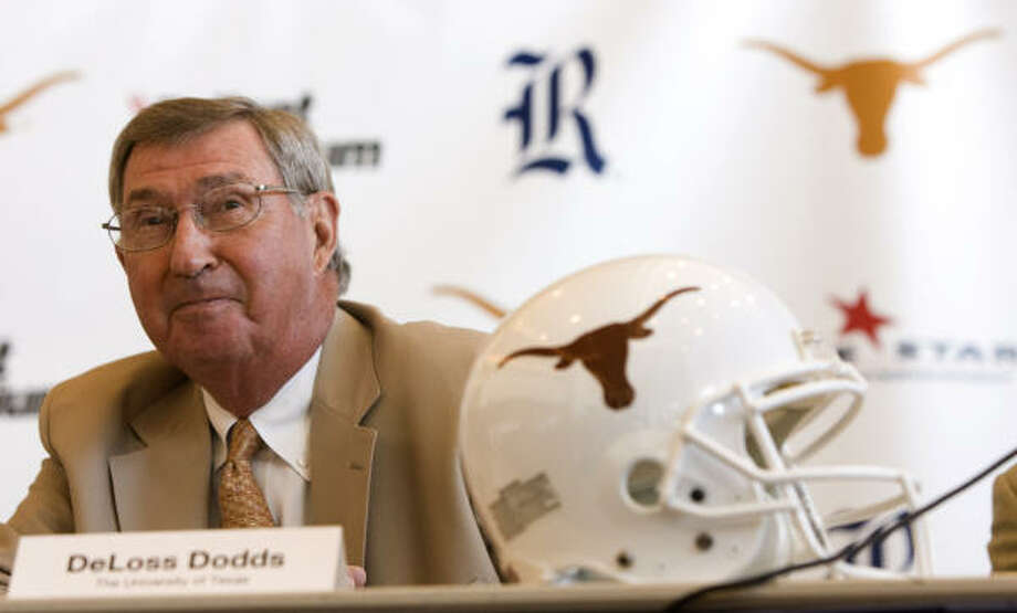 DeLoss Dodds said the UT athletic department will not be involved with selecting high school games on the Longhorn Network. Photo: Brett Coomer, Chronicle