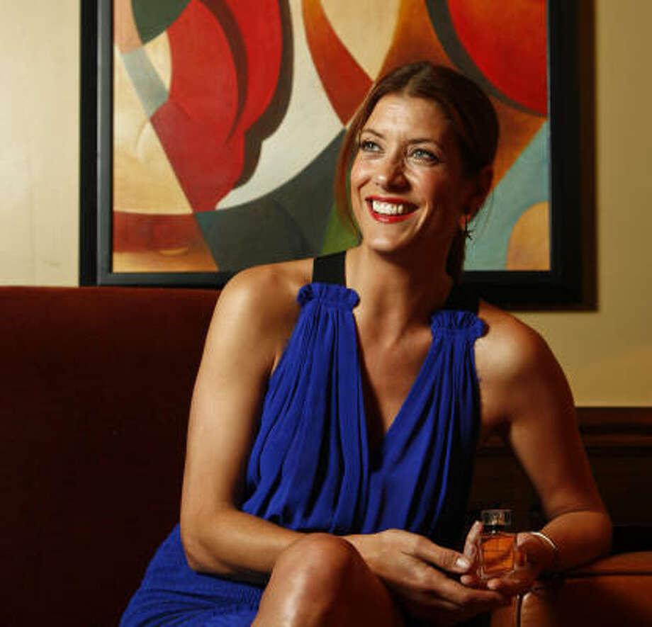 "Actress Kate Walsh says of her new scent, ""Whether a boyfriend is in the picture or not, you can have that feeling of nostalgia and romance."" Photo: Michael Paulsen, Houston Chronicle"