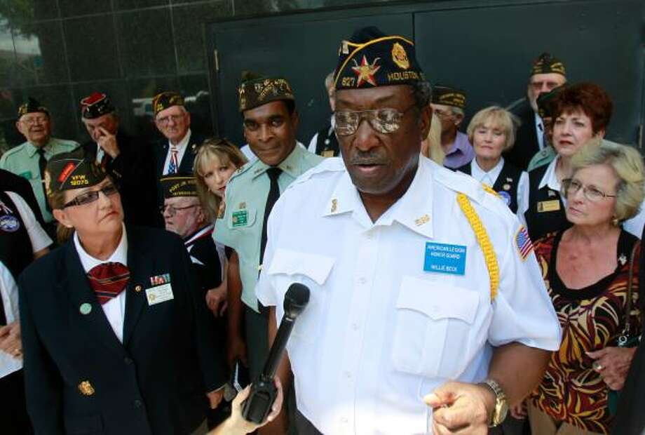 American Legion member Willie Beck discusses the federal lawsuit against the Houston National Cemetery and the VA after a hearing on Tuesday before U.S. District Judge Lynn Hughes. Photo: Mayra Beltran, Chronicle