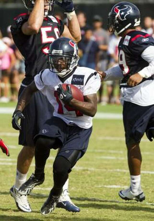 Texans wide receiver Derrick Townsel returns a kick. Photo: Brett Coomer, Chronicle