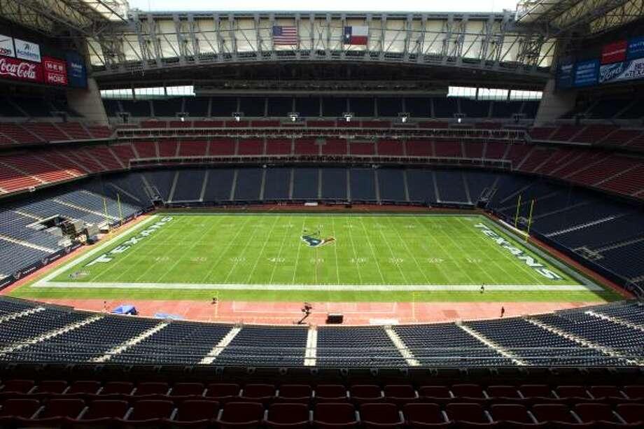 Aug. 14Reliant Stadium hosts the Jets and ESPN tomorrow for the Texans' preseason opener. Photo: Brett Coomer, Chronicle