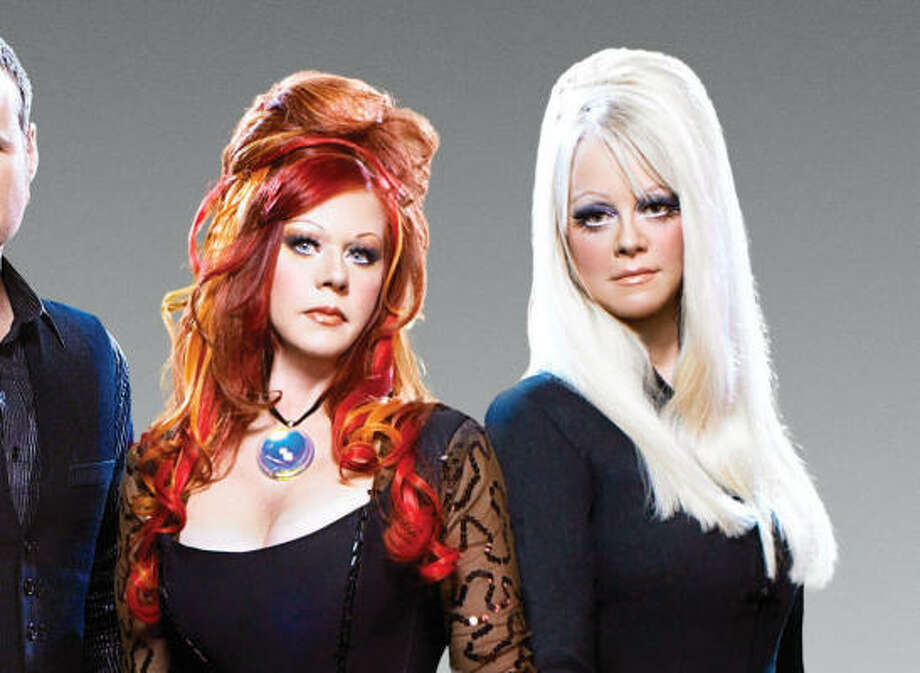 Kate Pierson and Cindy Wilson of the B-52s Photo: Joseph Cultice