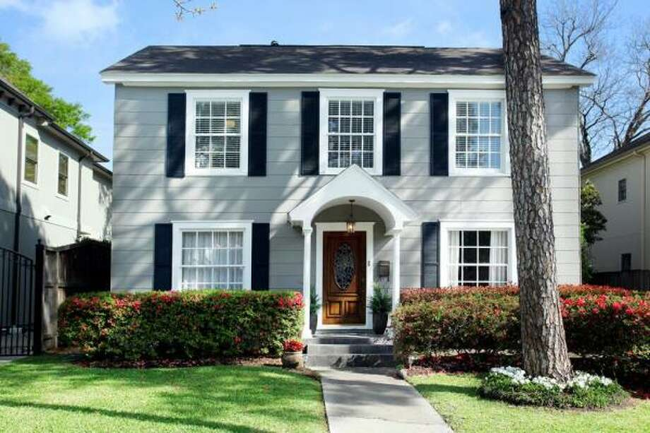 2618 Arbuckle Agent: Heidi Dugan Greenwood King Properties 713-524-0888