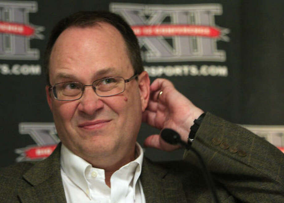 Dan Beebe is leaving the job as Big 12 boss. Photo: Orlin Wagner, AP