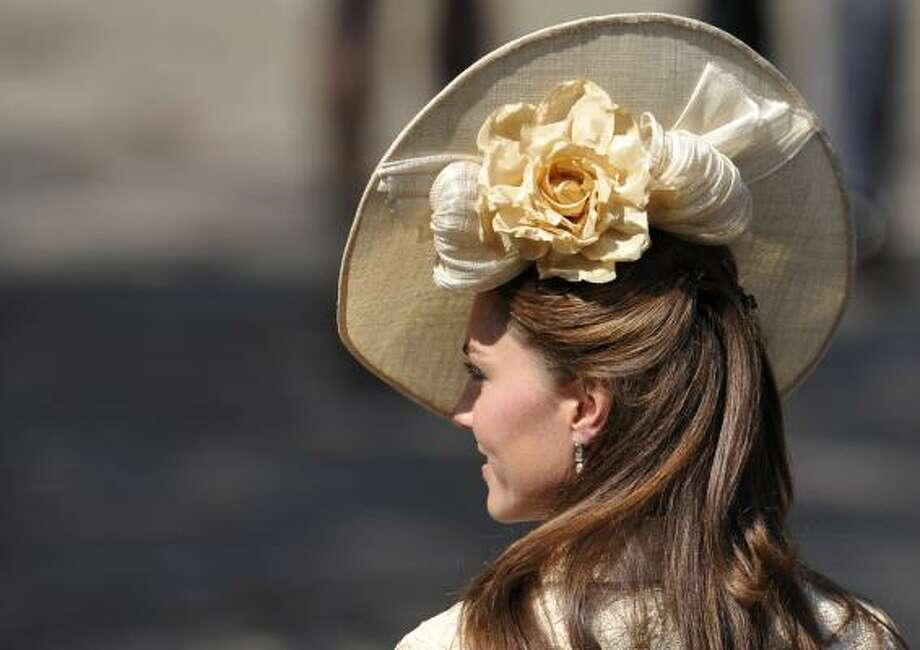 Catherine, duchess of Cambridge, sports a new hat. Photo: Dylan Martinez, WPA Pool/Getty Images