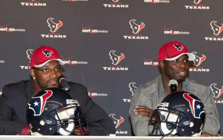 The Texans introduced newly signed safety Danieal Manning (left), formerly a member of the Chicago Bears, and cornerback Johnathan Joseph, previously a member of the Bengals, at a press conference Friday. Photo: Thomas B. Shea, For The Chronicle