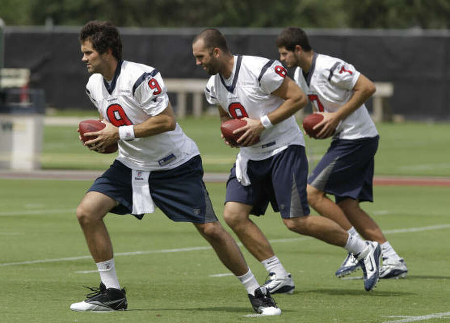 The Houston Texans have agreed to a a two-year contract worth $5.5 million with Matt Leinart and will look to have him back up Matt Schaub. The Heisman Trophy winner has yet to be a consistent starter in the NFL.   Here we take a look at how recent Heisman Trophy winners have fared since winning the award. Photo: Pat Sullivan, AP