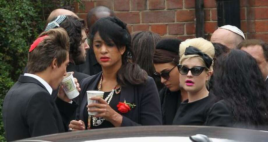 Kelly Osbourne arrives for the cremation of Amy Winehouse at Golders Green Crematorium. Photo: Chris Jackson, Getty