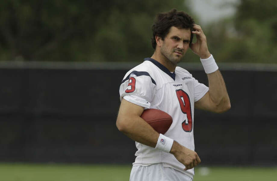 QB Matt Leinart He spent last season impressing the coaches in practice and in the meeting room but never got on the field. They want him back, but he wants to sign with a team that gives him a chance to start. If he leaves, expect them to sign another veteran. Photo: Pat Sullivan, AP