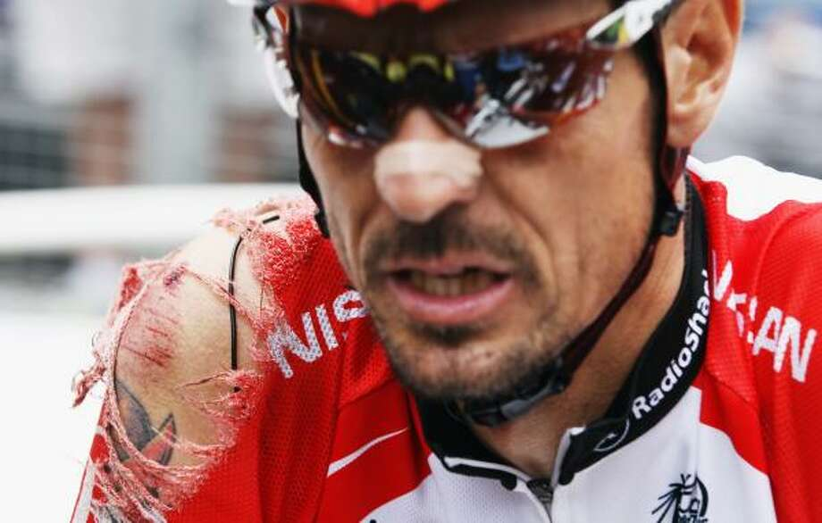 Andreas Kloden of Germany and Team Radioshack suffered an injury during stage twelve. Photo: Bryn Lennon, Getty