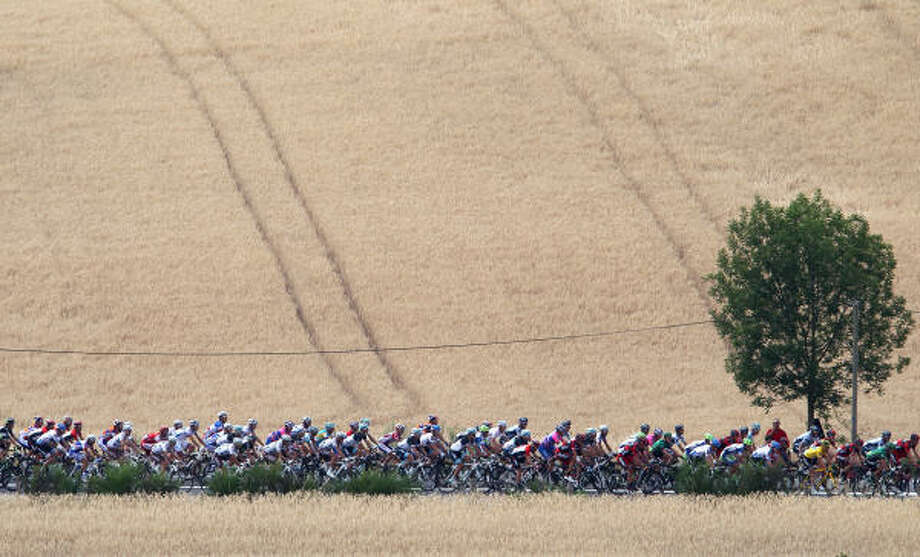 The peloton during Stage 10 of the 2011 Tour de France from Aurillac to Carmaux. Photo: Michael Steele, Getty