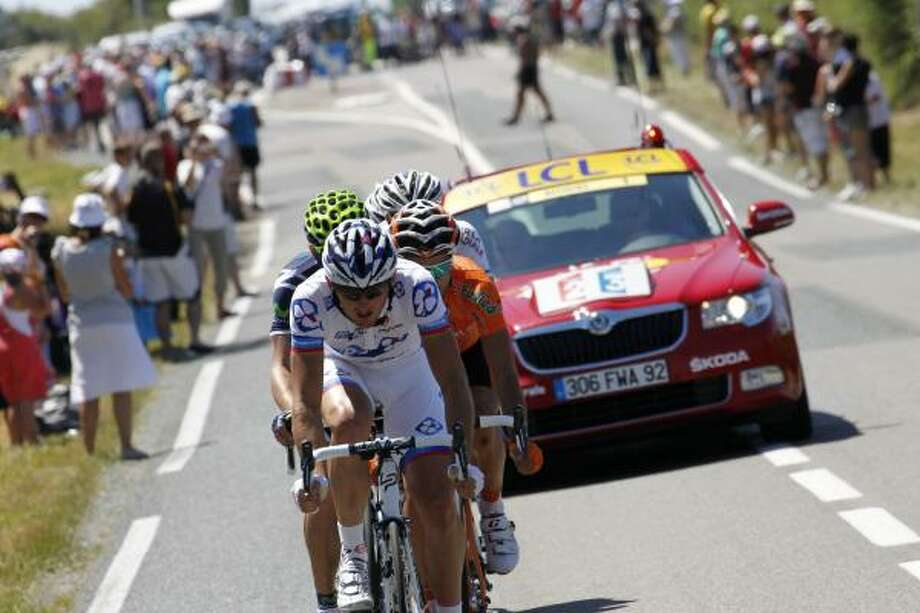France's Mickael Delage (front) leads the breakaway with Spain's Ruben Perez Moreno (R). Photo: JOEL SAGET, Getty