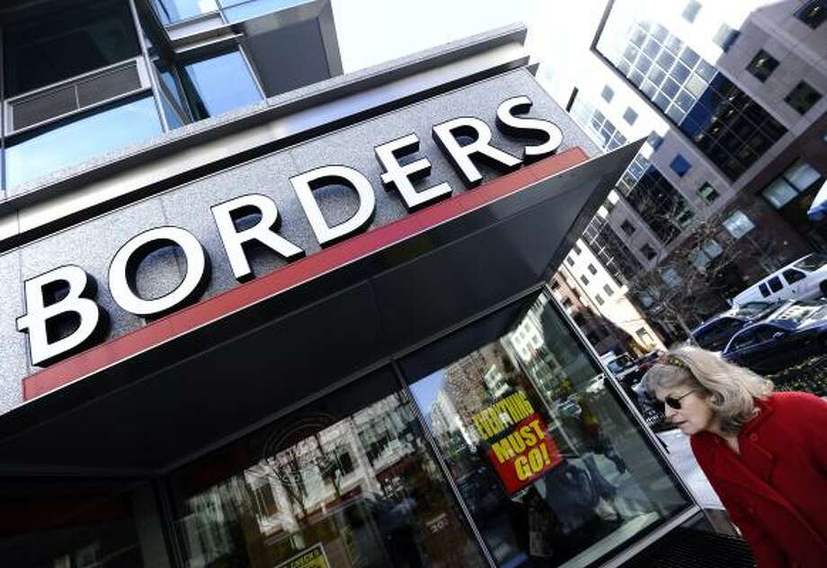 Borders(1971- 2011)  The bookstore chain announced that it plans to close all 399 locationsin 2011. Photo: JEWEL SAMAD, Getty
