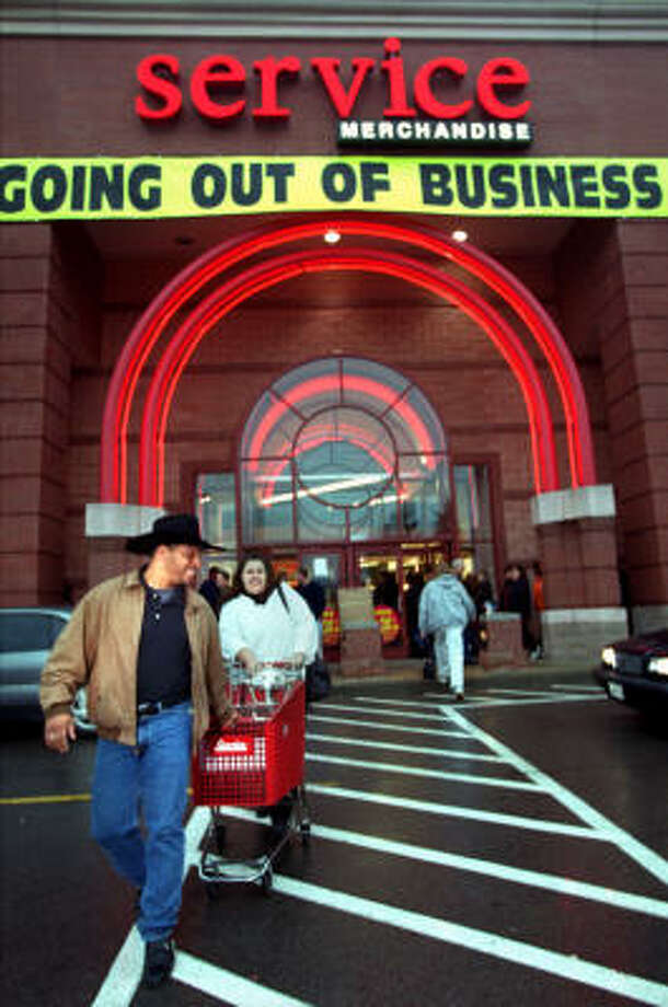 Service Merchandise (1934-2004)  Once a showroom featuring jewelry and other items from its catalogs, Service Merchandise was done in by the big box stores and now just does online retail. Photo: MICHAEL CLANCY, AP