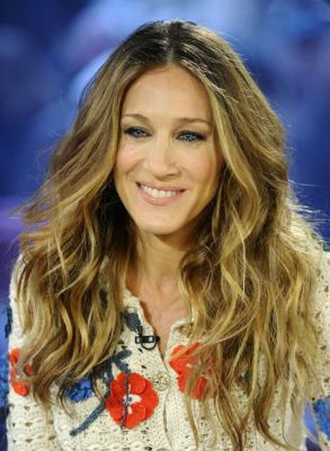 "Sarah Jessica Parker held a ""small"" fundraising dinner at her home in NYC. Photo: Peter Kramer, AP"