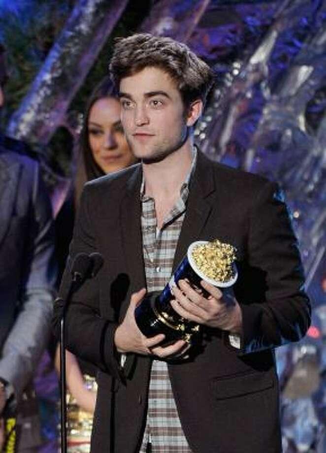 Couple 6: Stewart-PattinsonRobert Pattinson  Water for Elephants, Twilight Series, Remember Me Photo: Kevin Winter, Getty