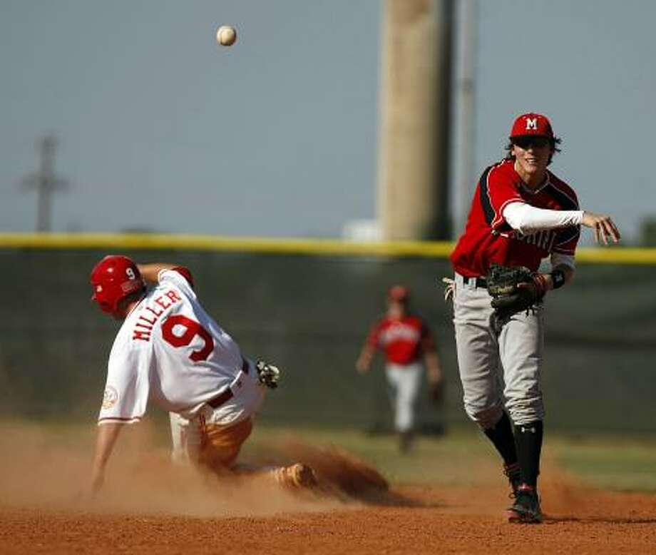 Carter Burgess (right)