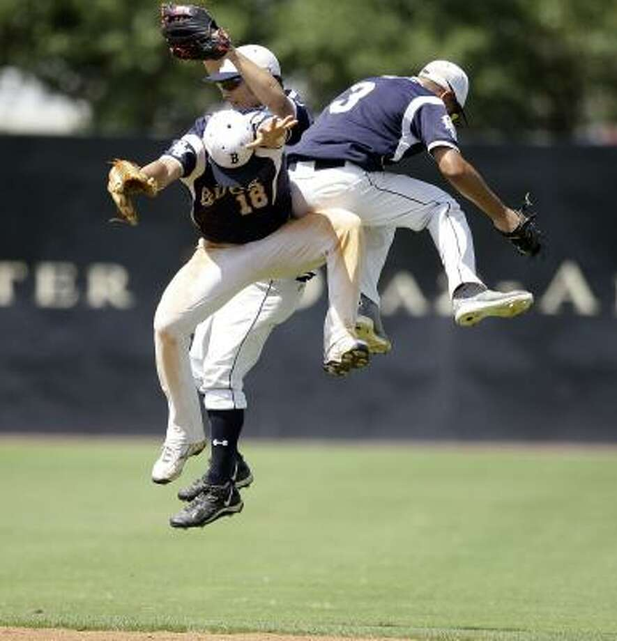 Michael Pyeatt (rear)Outfielder, Senior, Brazoswood Photo: Bob Levey, For The Chronicle