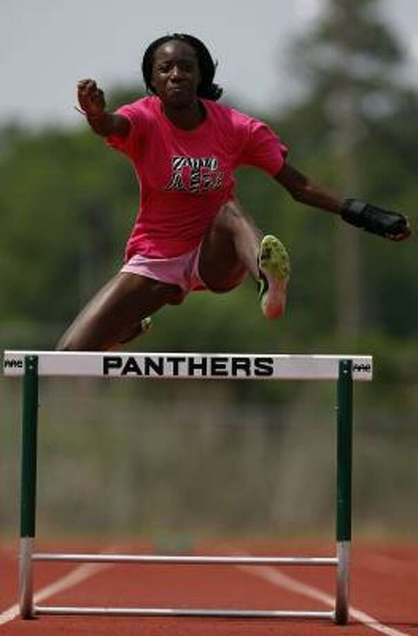 Girls hurdles: Mariam Amadu, Kingwood Park