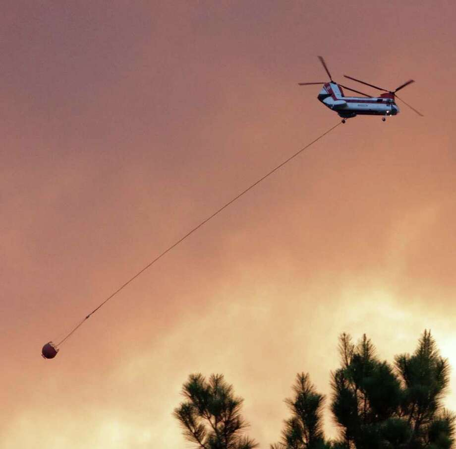 A wildfire in Jasper spread to about 1,200 acres by Thursday morning. Photo: Charles Kerr For Jasper Newsboy