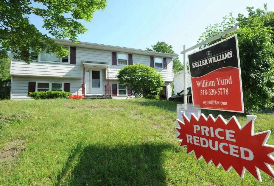A house for sale on Hialeah Dr. in Troy, N.Y. Friday June 10, 2011. (Lori Van Buren / Times Union) Photo: Lori Van Buren / 00013506A