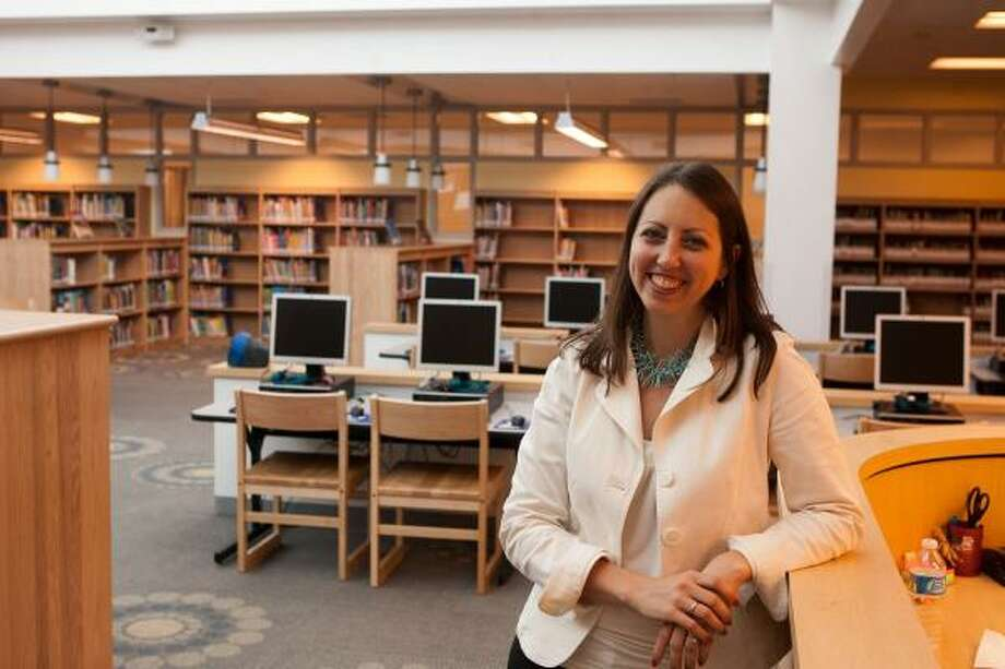 Principal Amy Simson is shown in the library at the new Lovett Elementary School building.  Photo By R. Clayton McKee Photo: R. Clayton McKee, For The Chronicle