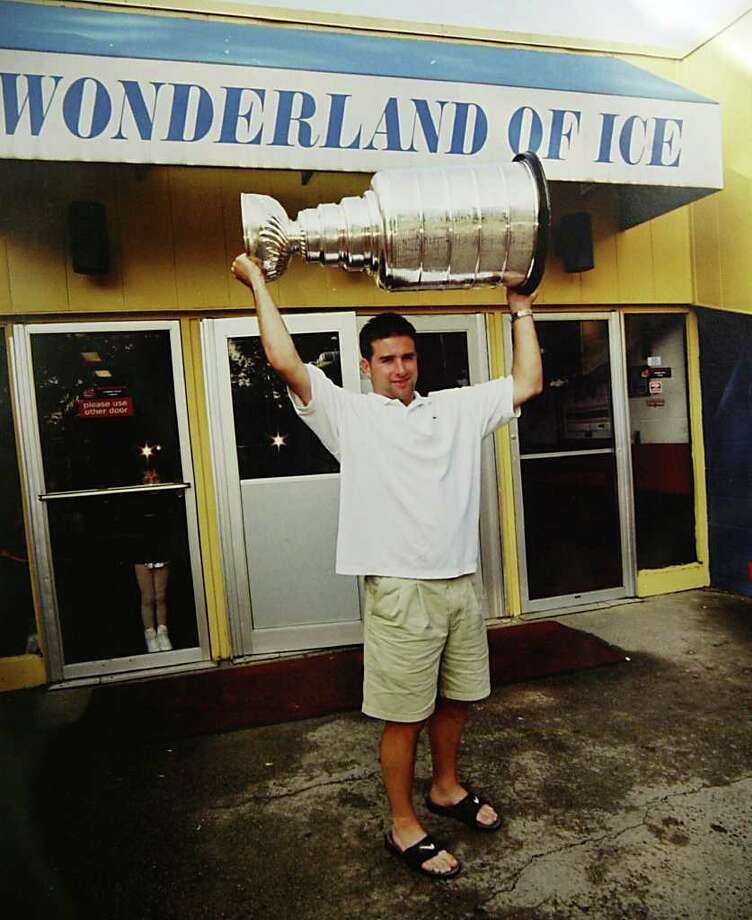 After winning the NHL Championship as a member of the Colorado Avalanche in 2001, Chris Drury returned to the Wonderland of Ice, in Bridgeport, with the Stanley Cup. Photo: Contributed Photo, ST / Connecticut Post